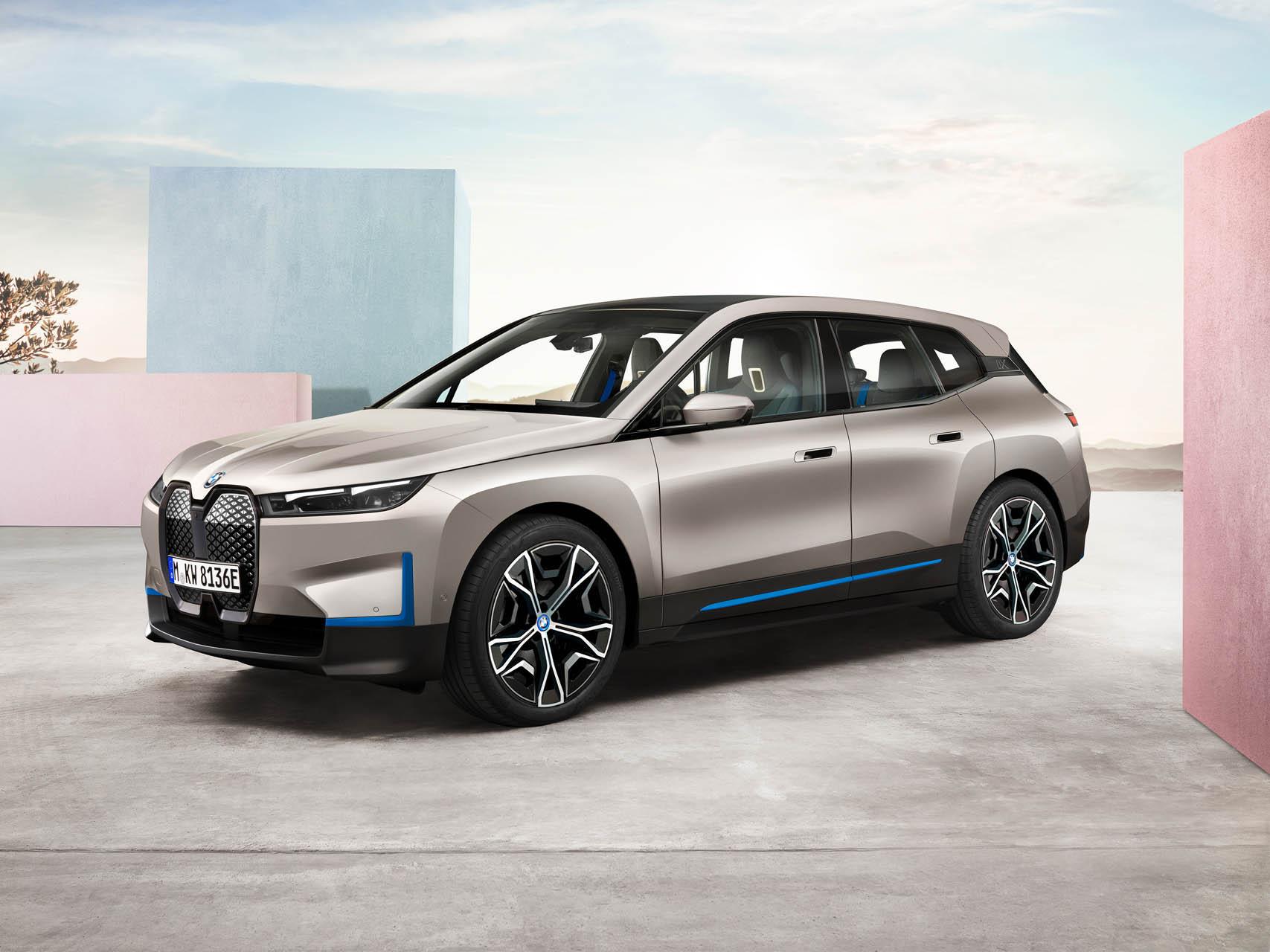 BMW iX és i4
